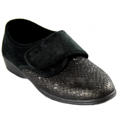 Doctor Cutillas 753A - Soft Adaptable Closed Orthopedic Shoes With Black Heel Velcro Closure