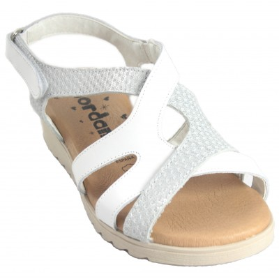 Jordana 2211 - Sandálias De Piel Cruzadas En Colores Blanco Y Marrón Con Velcro