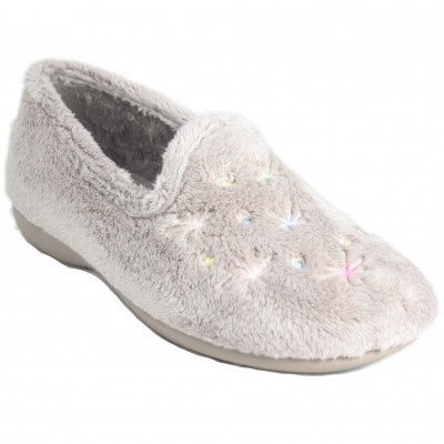 Cabrera 4382 - Beige Furry Closed Slippers With Stitched Colored Stars