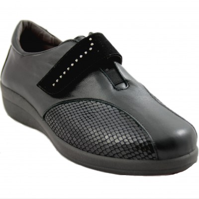 Doctor Cutillas 43509 - Black Leather Women's Shoes with Velcro Closure