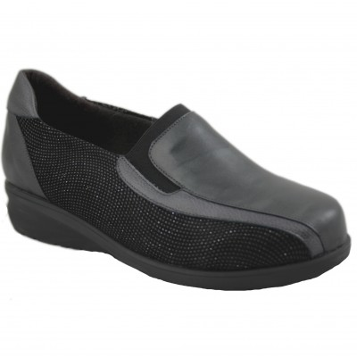 Doctor Cutillas 54452 - Black Women Moccasin with Rubber Sidelights and Side Details Bright Effect