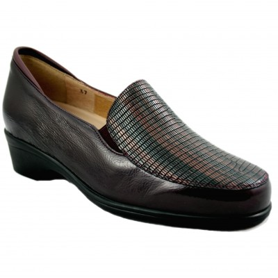 Pie Santo 195610 - Bordeaux Leather Women's Loafers with Detail at the Toe