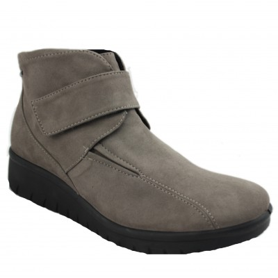 Romika Varese 53 - Water Resistant Casual Women's Ankle Boots with Velcro Closure
